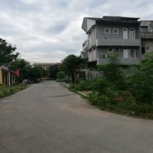 Nhà đất Huế - Bán đất nền KQH Bàu Vá 1 140m2. huế